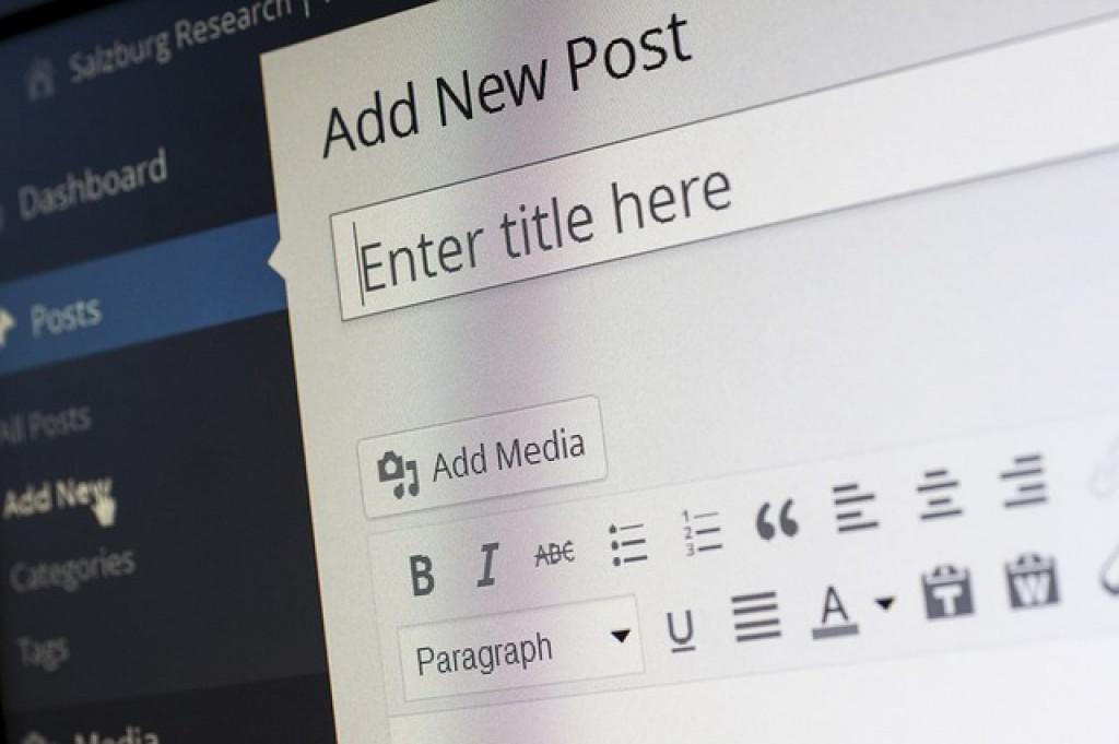 الكتابة للمواقع الإلكترونية. كيف تبدأ وما هي المهارات المطلوبة؟ (يونس توك الحلقة 28)