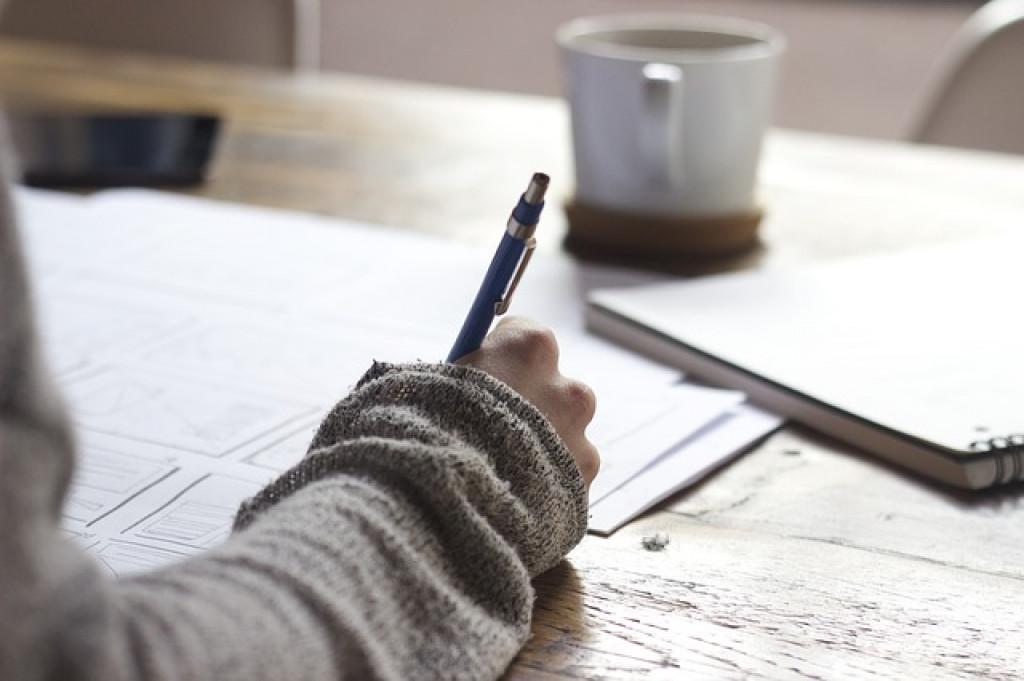 كيف يمكن أن أصبح كاتباً (يونس توك الحلقة 22)