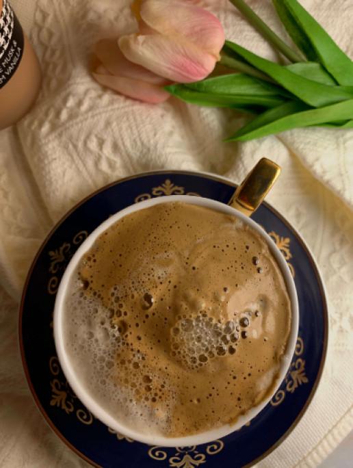 فنجان قهوه.
